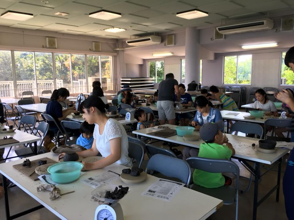 午後は陶芸教室へ。大石橋先生毎年欠かさずありがとうございます。