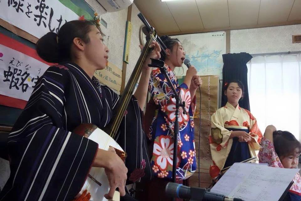 津軽三味線の家族演奏
